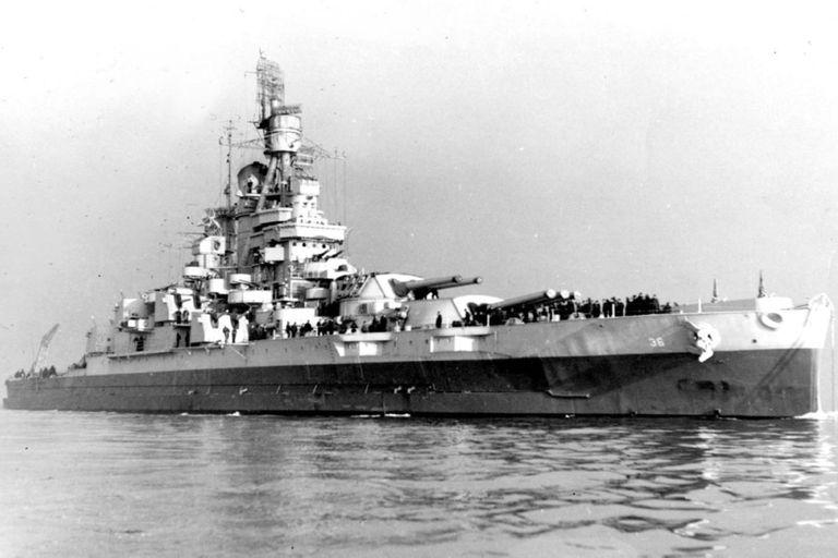 El USS Nevada estuvo en la Primera Guerra Mundial y fue uno de los navíos atacados en Pearl Harbor, durante la Segunda Guerra