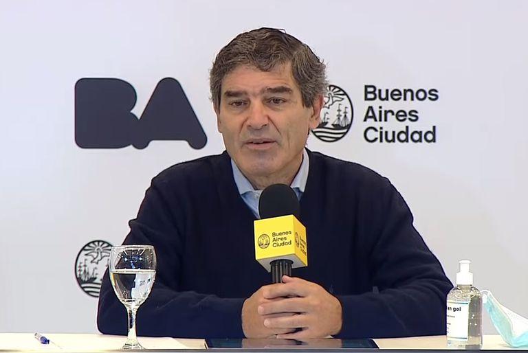 Quirós habló sobre la operación a Vizzotti en un sanatorio privado