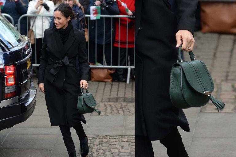 ¿Meghan le presta ropa a Camilla? Una cartera de la realeza que dio que hablar