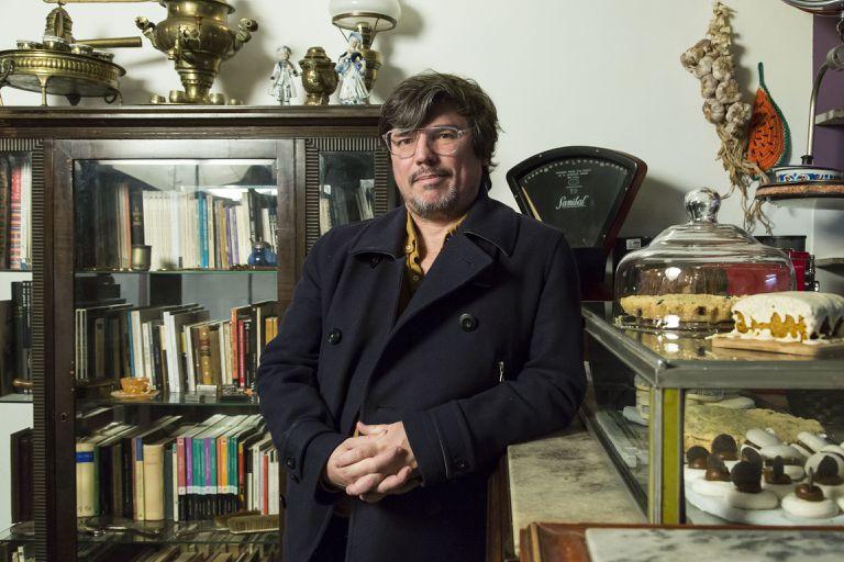 Alejandro Casavalle estrena Moje Holka, Moje Holka. Mi niña, niña mía