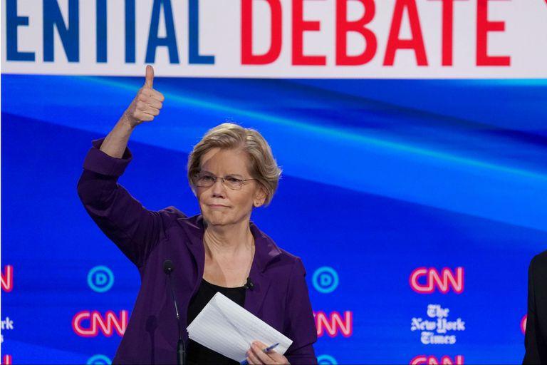 Warren, anoche, en el debate