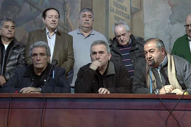 El triunvirato planteará hoy sus preocupaciones ante Roberto Cardarelli
