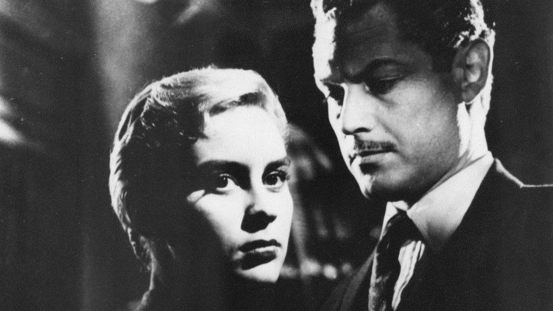 Elsa Daniel y Lautaro Murúa, en La casa del ángel (1957), de Leopoldo Torre Nilsson
