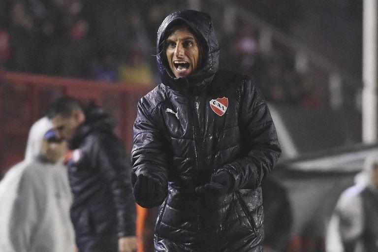 Insólito: casi la mitad de los DT de la Superliga no tiene el futuro asegurado