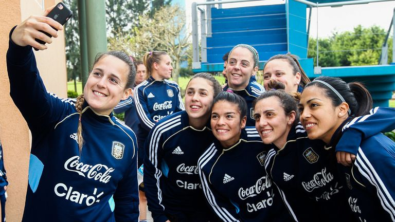 Día de entrenamiento de la Selección Argentina de Fútbol Femenino en Ezeiza