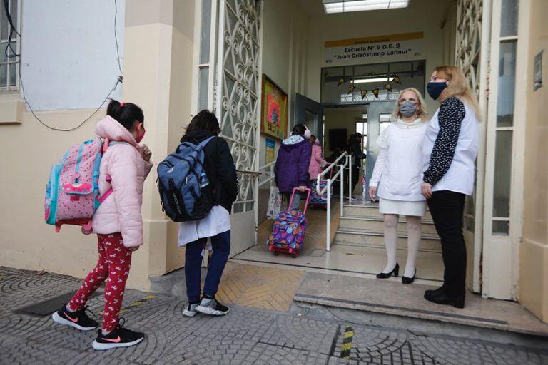 Luego de las vacaciones, los chicos volvieron a las escuelas porteñas con presencialidad plena