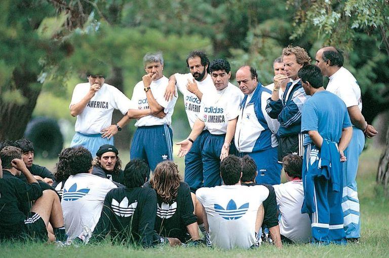 Acompañó a Diego cuando fue director técnico de Racing en 1995.
