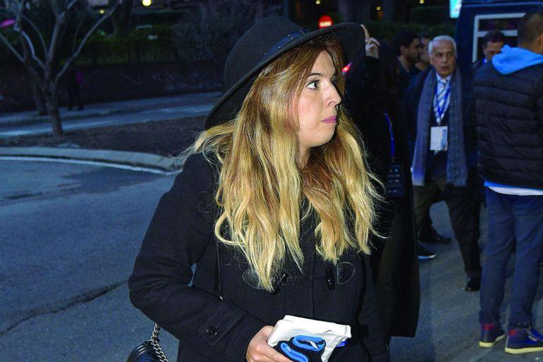 Foto de Dalma, tomada en febrero último, cuando fue a ver un partido de Champions en Madrid con su novio
