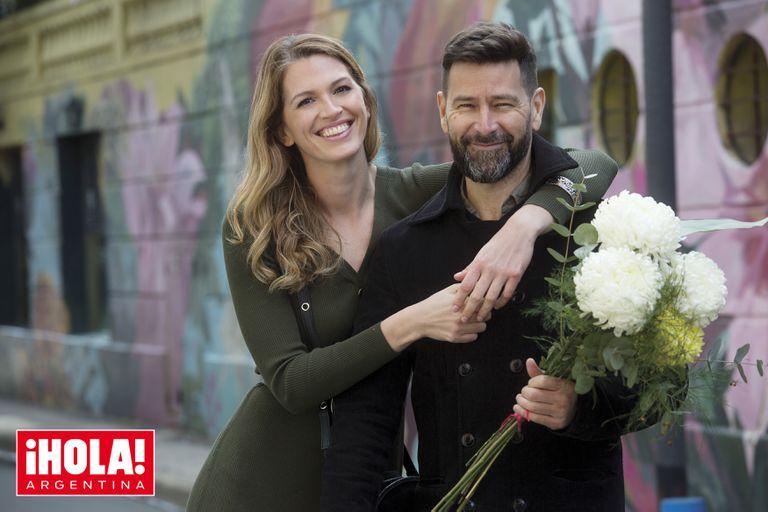 La esgrimista Belén Pérez Maurice y su novio Lucas posan juntos y cuentan sus planes de boda