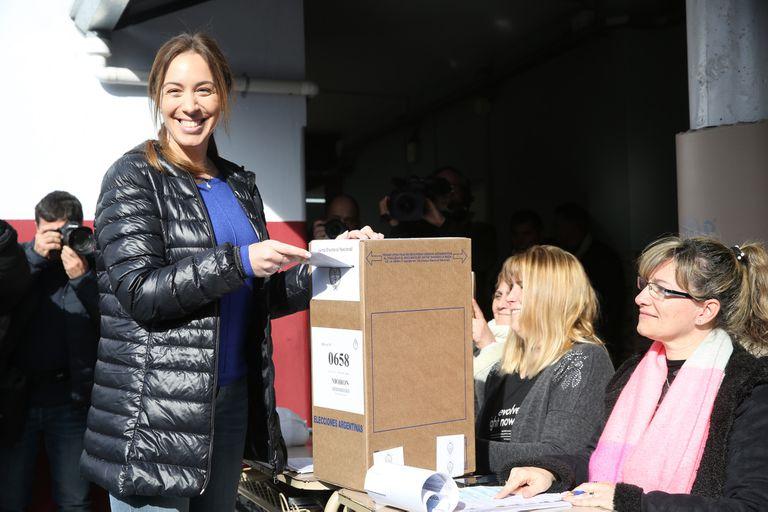 PASO 2019: entre selfies, con medialunas y sin custodia, Vidal votó en Castelar