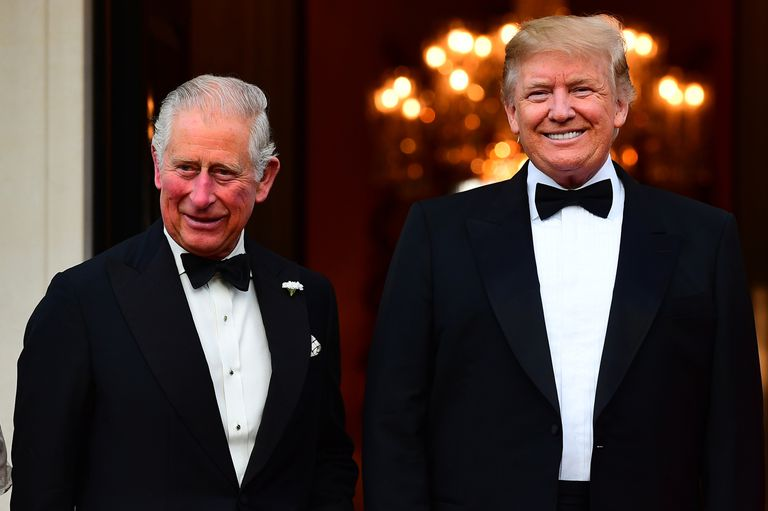 Trump tomó el té con el príncipe Carlos y volvió a hablar sobre Meghan Markle