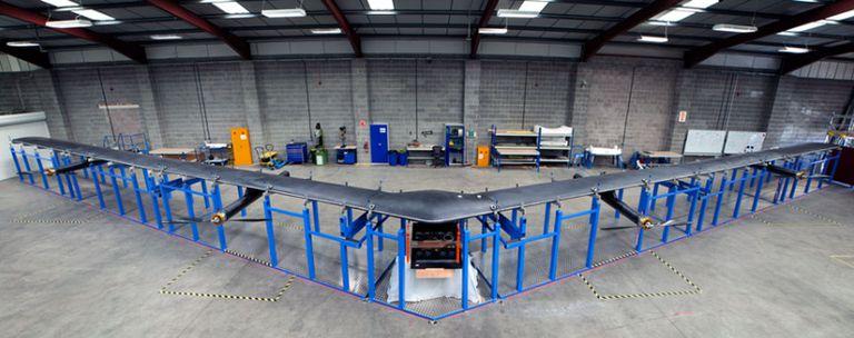 Una vista de Aquila, el drone que puede operar durante 90 días a 27 kilómetros de altura