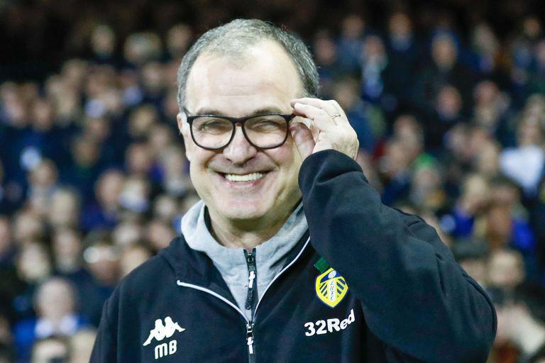 Bielsa, feliz: Leeds ascendió y vuelve a la élite del fútbol inglés tras 16 años