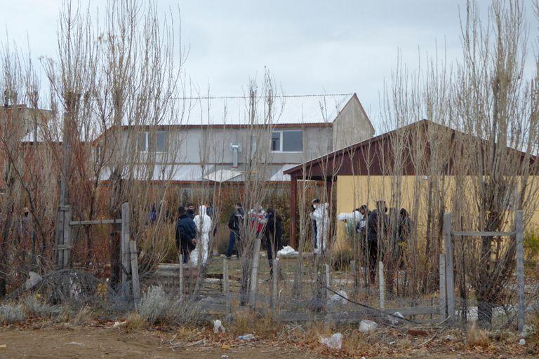 La casa donde fue hallado el cuerpo de Gutiérrez era alquilada por uno de los acusados, pero nadie vivía allí, de acuerdo con los investigadores