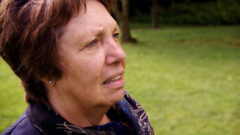 Ria Matthes, una trabajadora social en Hamburgo, conoció a Joyce y la vio con un niño que pudo haber sido Adam