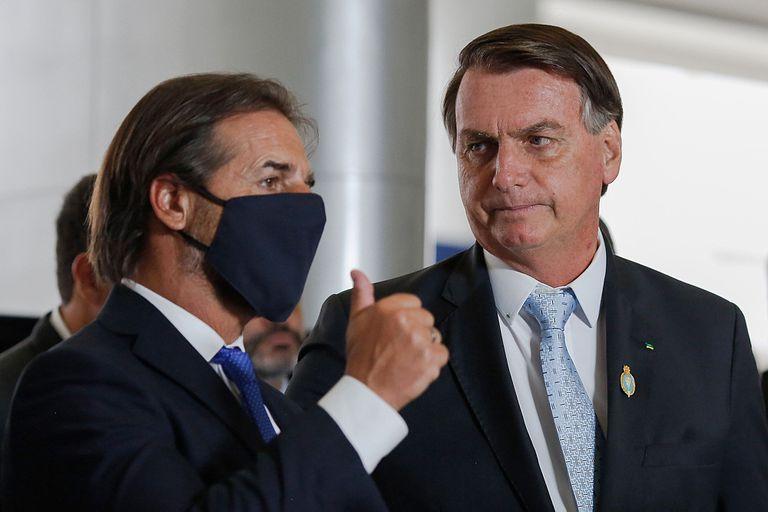 Luis Lacalle Pou y Jair Bolsonaro sostienen demandas de apertura que chocan contra la resistencia argentina