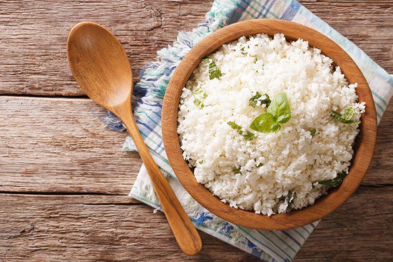 Si la intención es bajar el consumo de calorías, habría que cuidar la cantidad de arroz que se ingiere