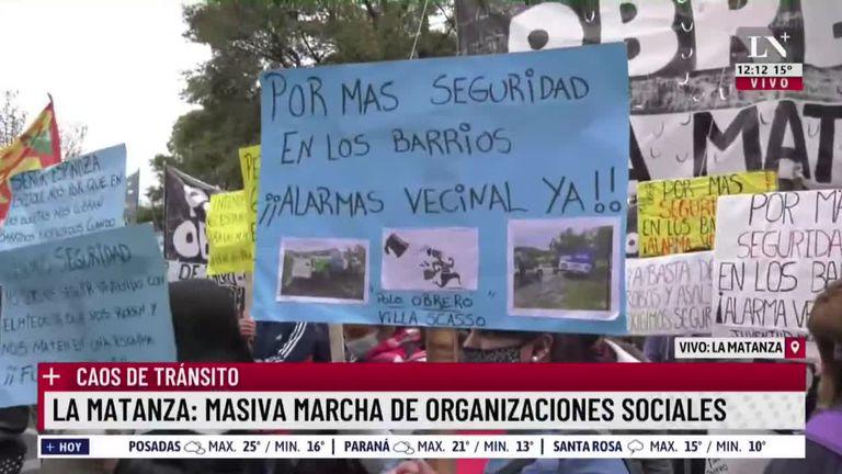 Fuerte protesta piquetera frente a la municipalidad de La Matanza