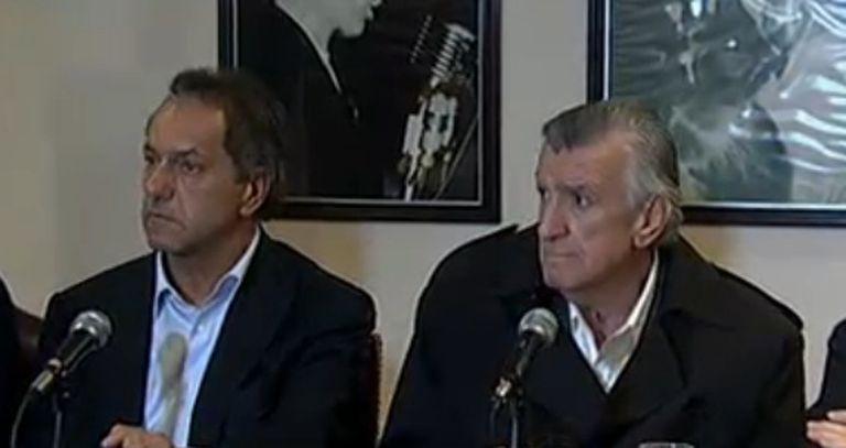 Daniel Scioli y José Luis Gioja, durante la conferencia de prensa