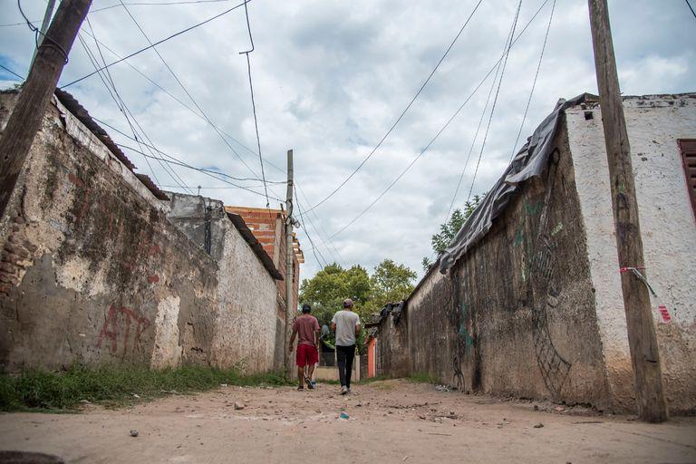 Un barrio de Rosario fue escenario de otro triple crimen vinculado al negocio ilegal de las drogas