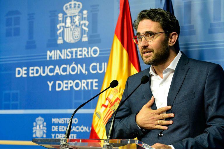 Maxim Huerta renunció hoy como ministro de Educación y Cultura de España por supuesta evasión impositiva