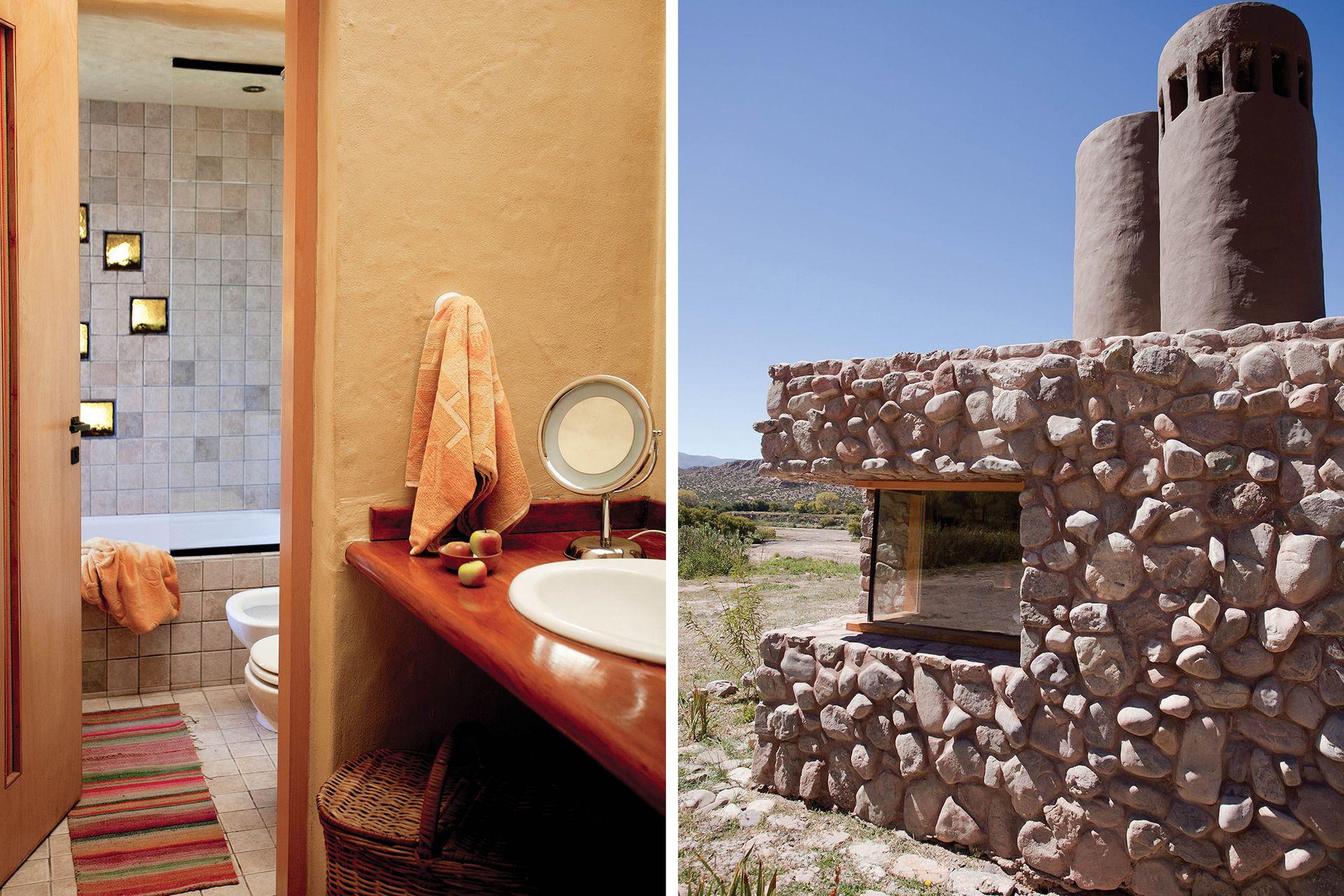 En la pared del baño, el efecto transparente de los ladrillos de vidrio.