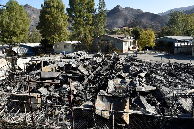Incendios en California: implacable el fuego arrasa con todo lo que encuentra a su paso