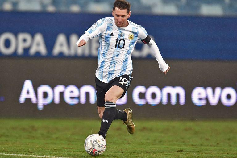 Lionel Messi quebró todos los récords que un goleador podría alcanzar, pero hay una marca en la que todavía está muy lejos