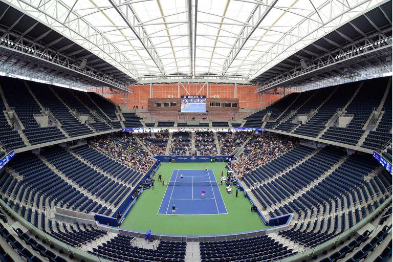 El US Open inauguró el nuevo estadio Louis Armstrong, con techo retráctil