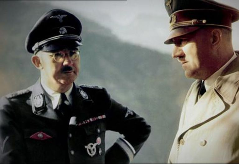 Adolf Hitler y el jefe de policía nazi Heinrich Himmler, ambos creyentes del mito ario