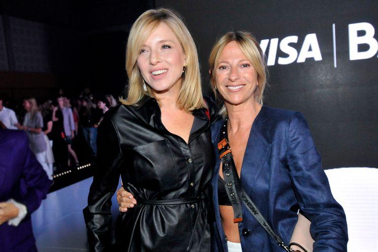 Reencuentro. Carla Peterson y Claudia Fontán posaron juntas en el evento de moda