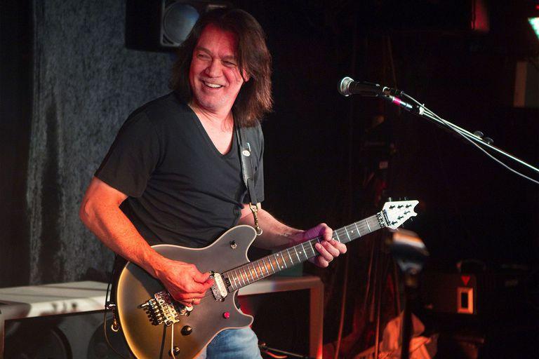 Eddie Van Halen tenía 65 años y llevaba cinco peleando contra la recurrencia de una enfermedad que había aparecido, por primera vez, a principios de 2000