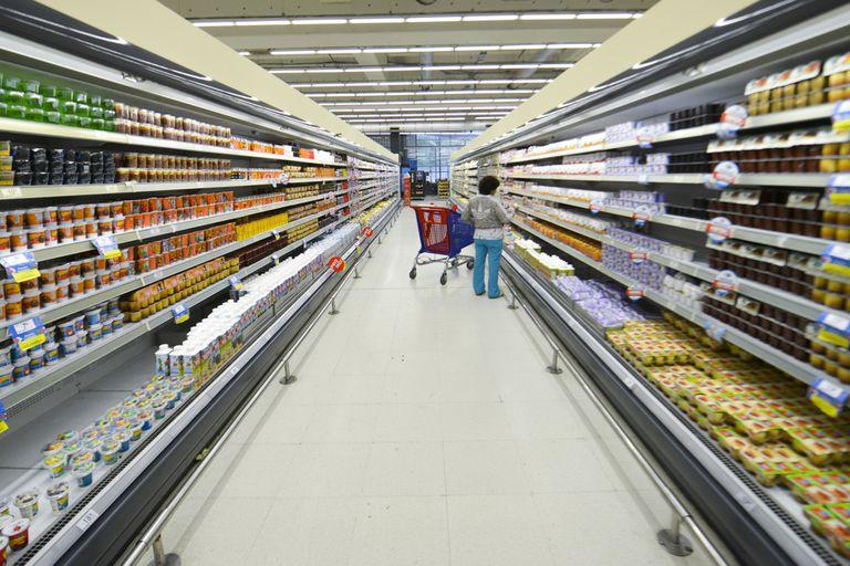 A través de un comunicado conjunto los supermercados del interior, los mayoristas y los almaceneros denunciaron problemas de abastecimiento en aceites, aderezos y enlatados