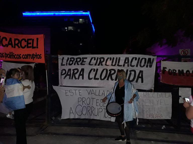 Reclamo de formoseños por la libre circulación en Clorinda