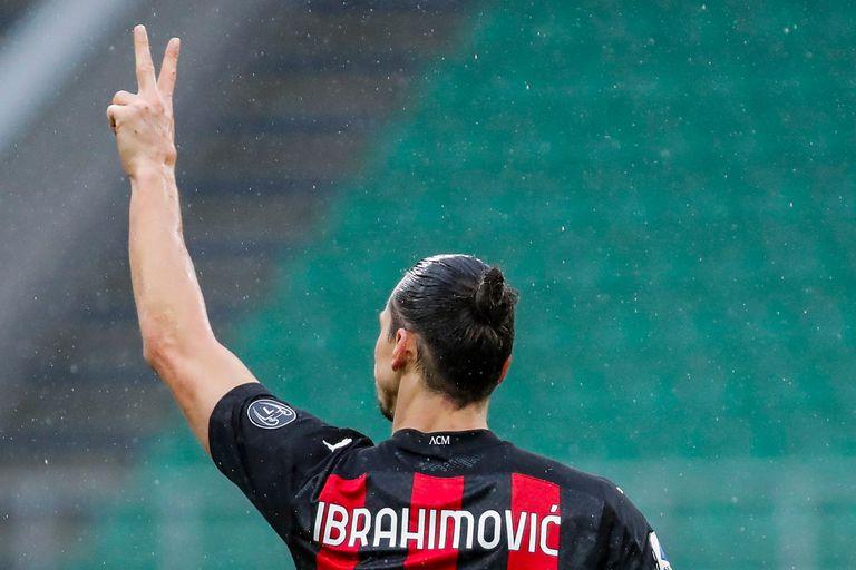 Ibrahimovic celebró sus 501 goles con su Ferrari de 1,6 millones de euros