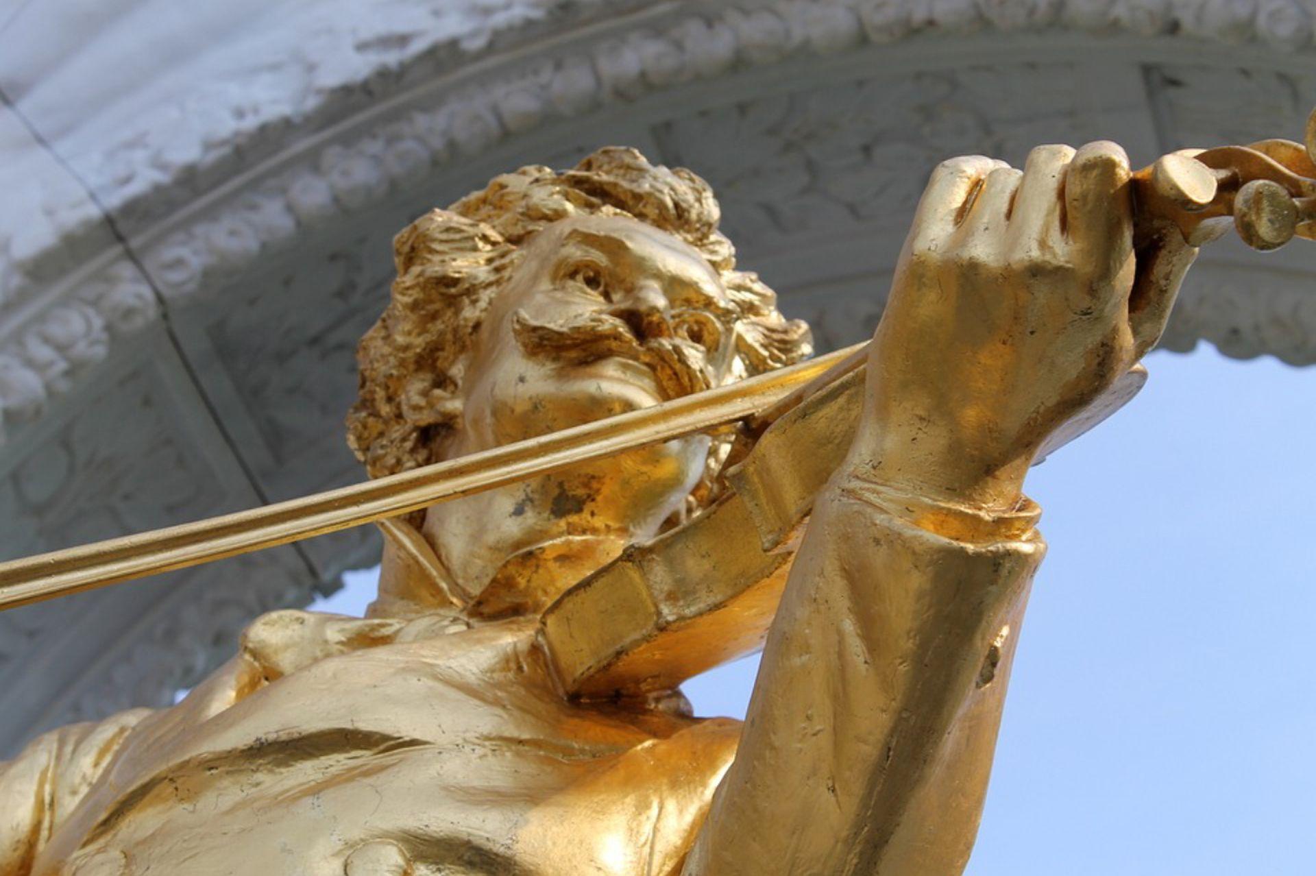 Johann Strauss, gran compositor austriaco conocido especialmente por sus valses, como El Danubio azul.
