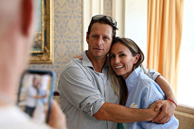 Con una gran sonrisa, reapareció en público tras su comentada separación de Fernando Gago