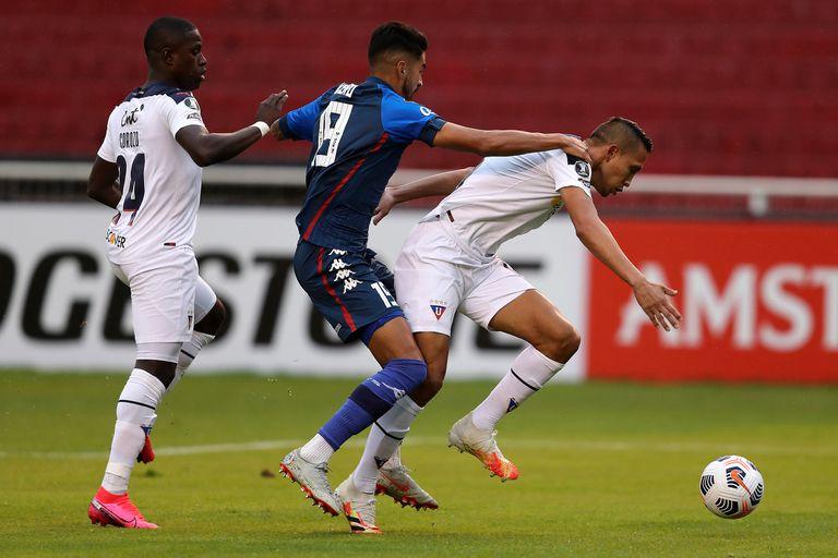 Vélez. Sufrió otra derrota ante Liga de Quito y se complica en la Libertadores