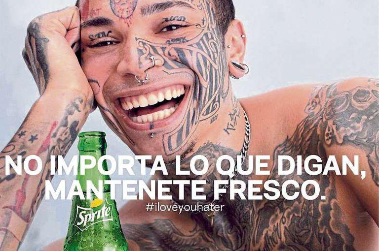 """Contra el bullying: en su flamante campaña internacional pero realizada por la agencia argentina Santo, Sprite, la marca del grupo Coca-Cola, se sumó a la cruzada contra el bullying bajo la consigna de """"es temporada de haters, mantenete fresco""""."""