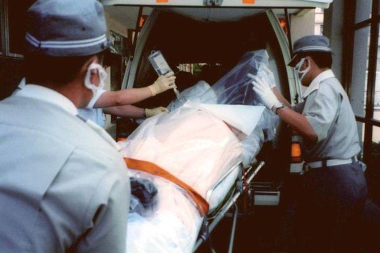 Hisashi Ouchi se desvaeneció y sufrió algunas quemaduras en el momento de la fisión, pero la radiación destruiría su cuerpo y le provocaría una dolorosa y larga agonía