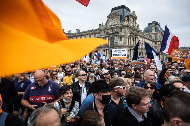 Manifestaciones en varias ciudades de Francia contras las medidas de Macron
