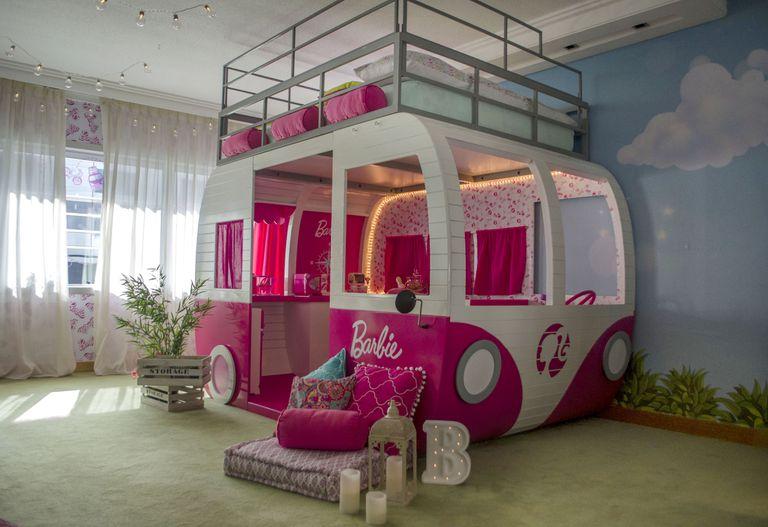 Habitación temática de Barbie en el Hilton