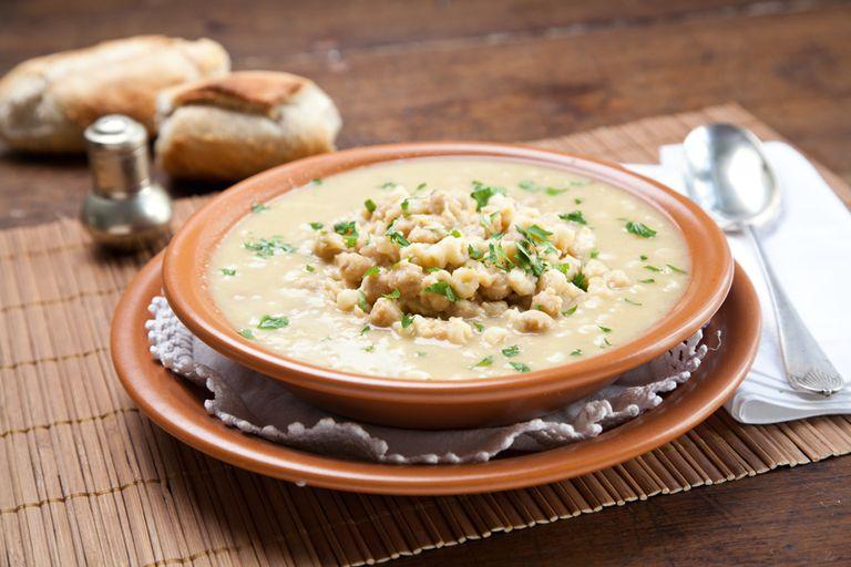 Sopa de garbanzos y pasta