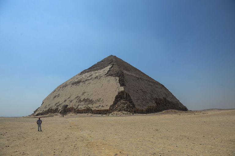 La pirámide de Bent que perteneció al Rey Sneferu