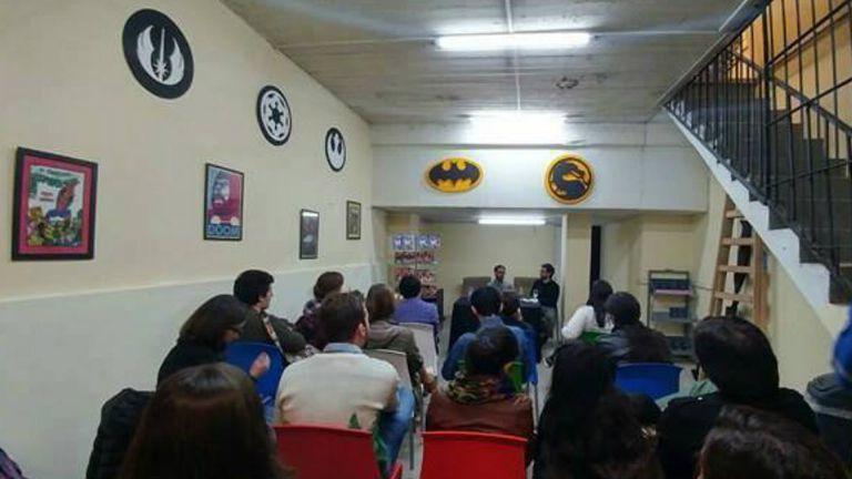 En el sótano de Sector 2814 se organizan talleres y actividades diversas