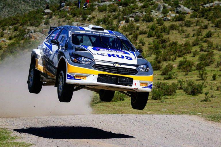 Nalbandian a fondo con su auto de rally