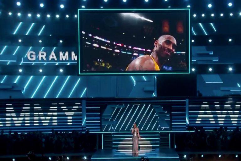 Premios Grammy 2020: Alicia Keys abrió la ceremonia recordando a Kobe Bryant
