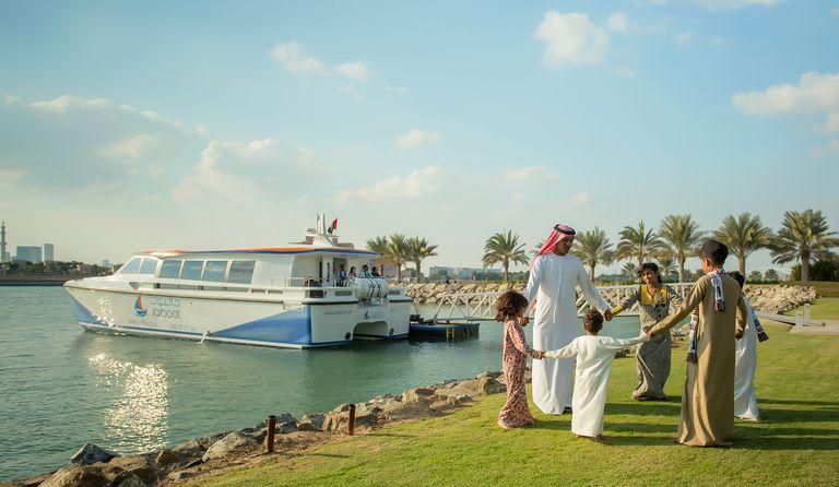 Reformas en Emiratos Árabes: despenalizan el consumo de alcohol y el concubinato
