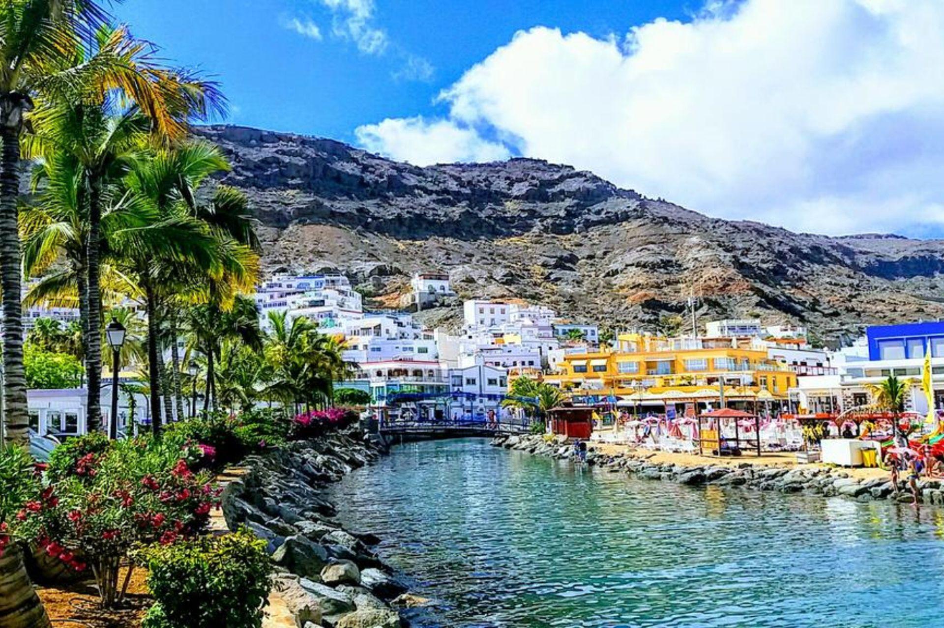 Mogán, un pueblecito costero al suroeste de Gran Canaria.