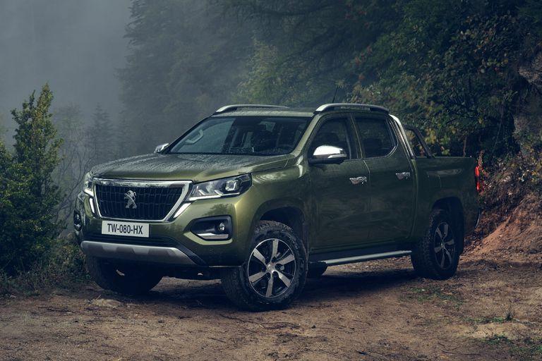 La Peugeot Landtrek luce robusta y sigue las líneas estilísticas de la marca francesa